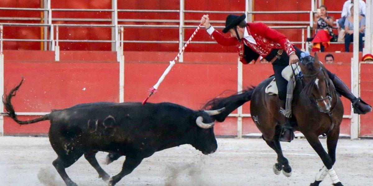 Corridas de toros en Coahuila dividen a Morena