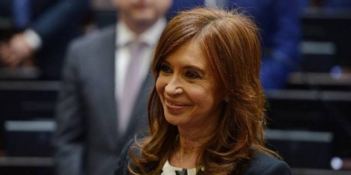 Cristina Fernández apoya la votación para el allanamiento de sus viviendas