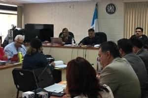 Karen Cardona, excomunicadora de Roxana Baldetti, declaró en el caso Lago de Amatitlán