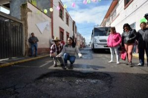 Baches en Toluca tienen fiesta de cumpleaños
