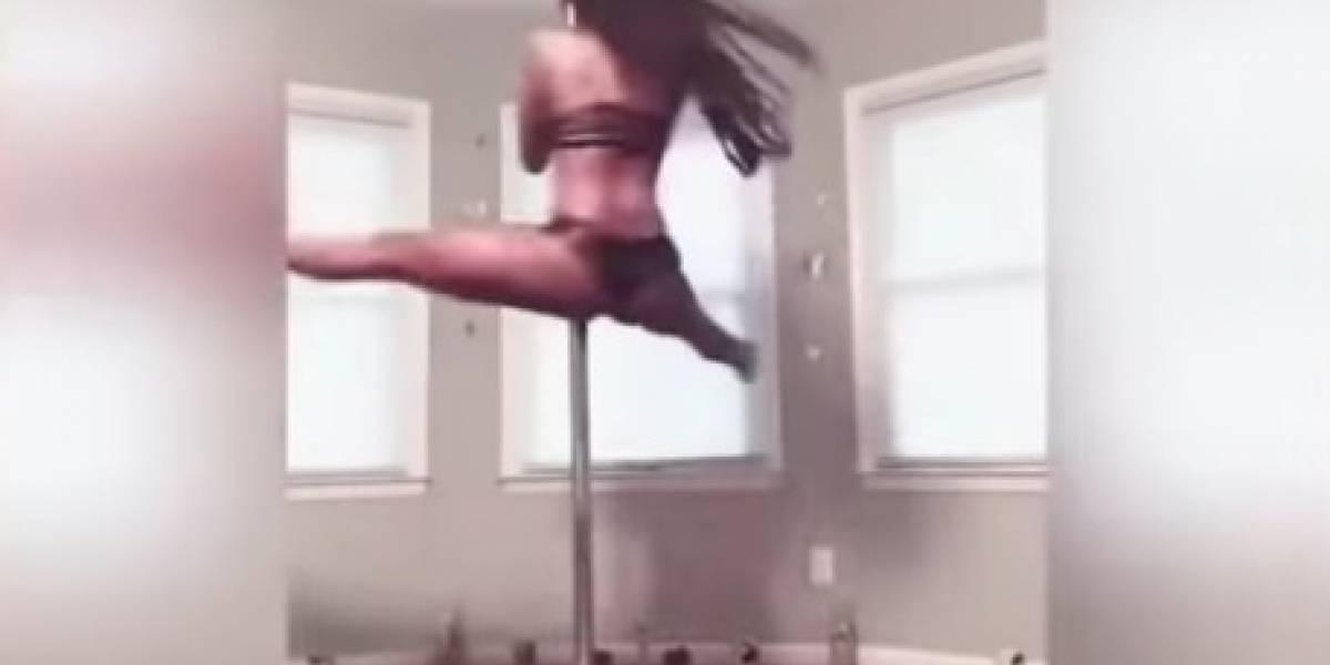 """VIDEO. Maestra fue destituída por realizar este atrevido """"pole dance"""""""
