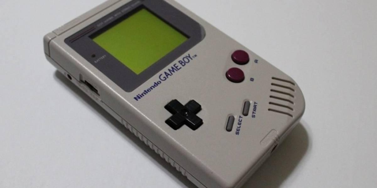 Nintendo pone a la venta un reloj con forma de Game Boy y necesitamos uno ahora