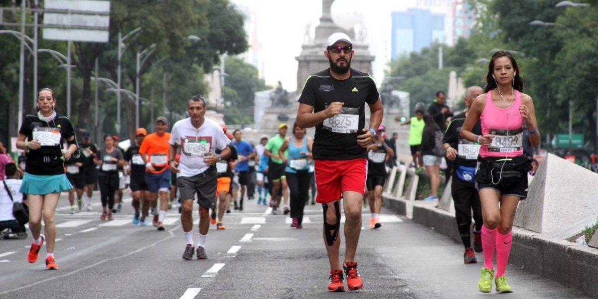 Keniano Titus Ekiru impone récord en el Maratón de la CDMX