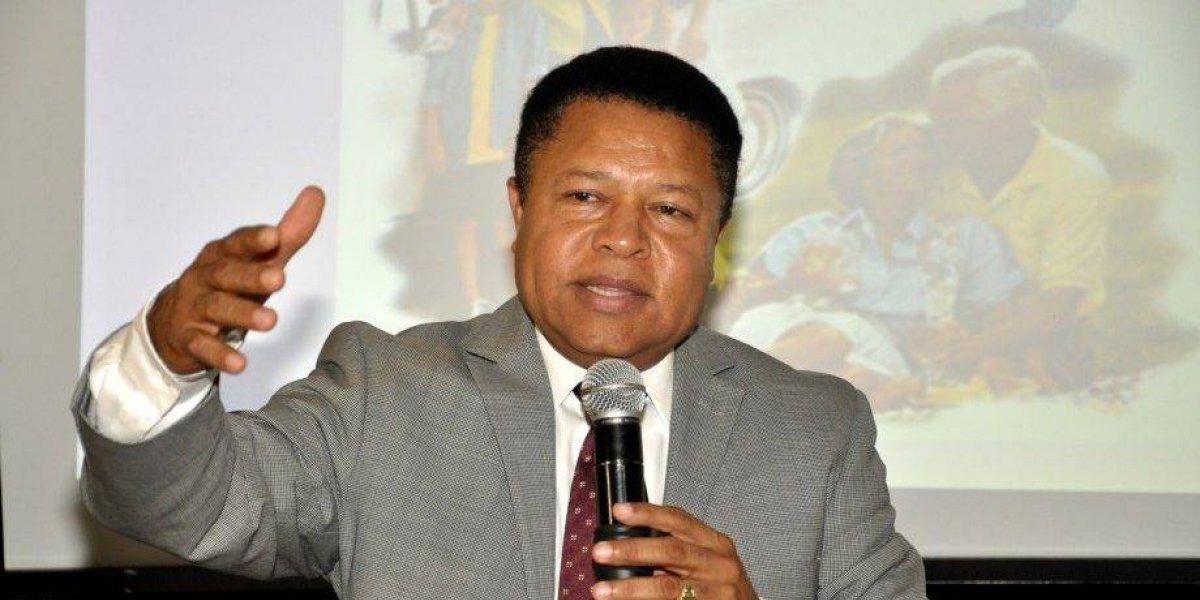 Fallece el director general de Pasaportes, Monchy Rodríguez