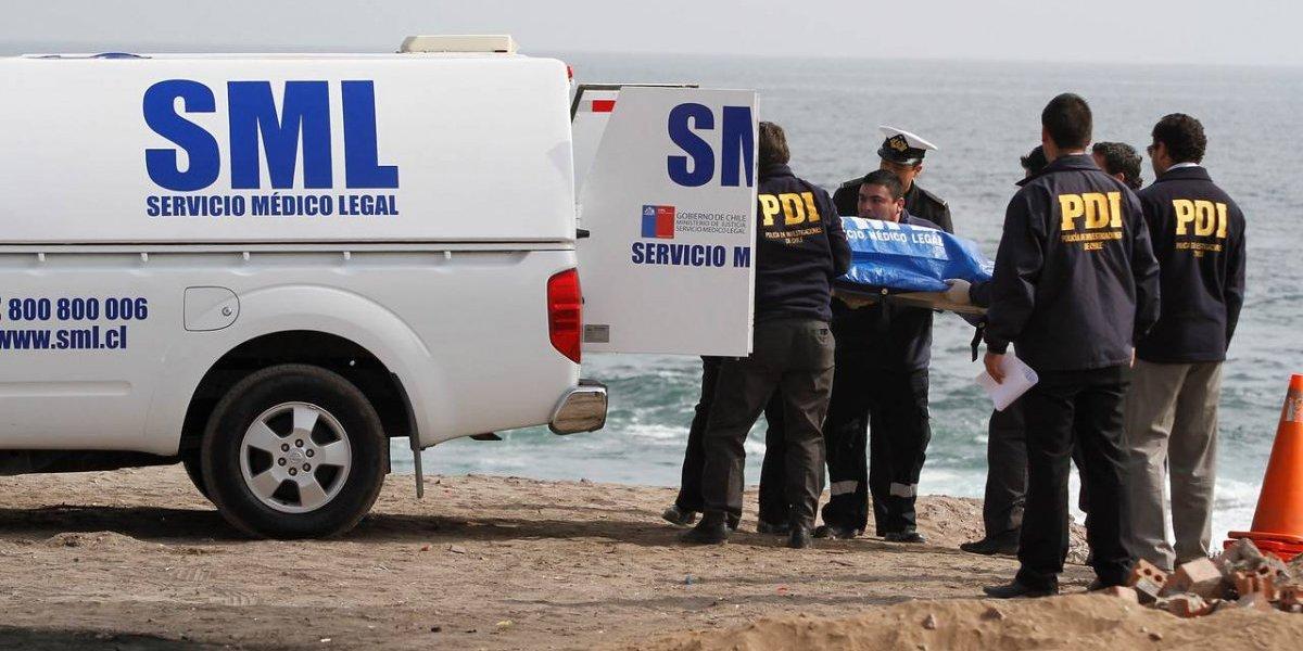 Cuerpo de una mujer fue hallado en una playa en Penco: se presume murió por sumersión