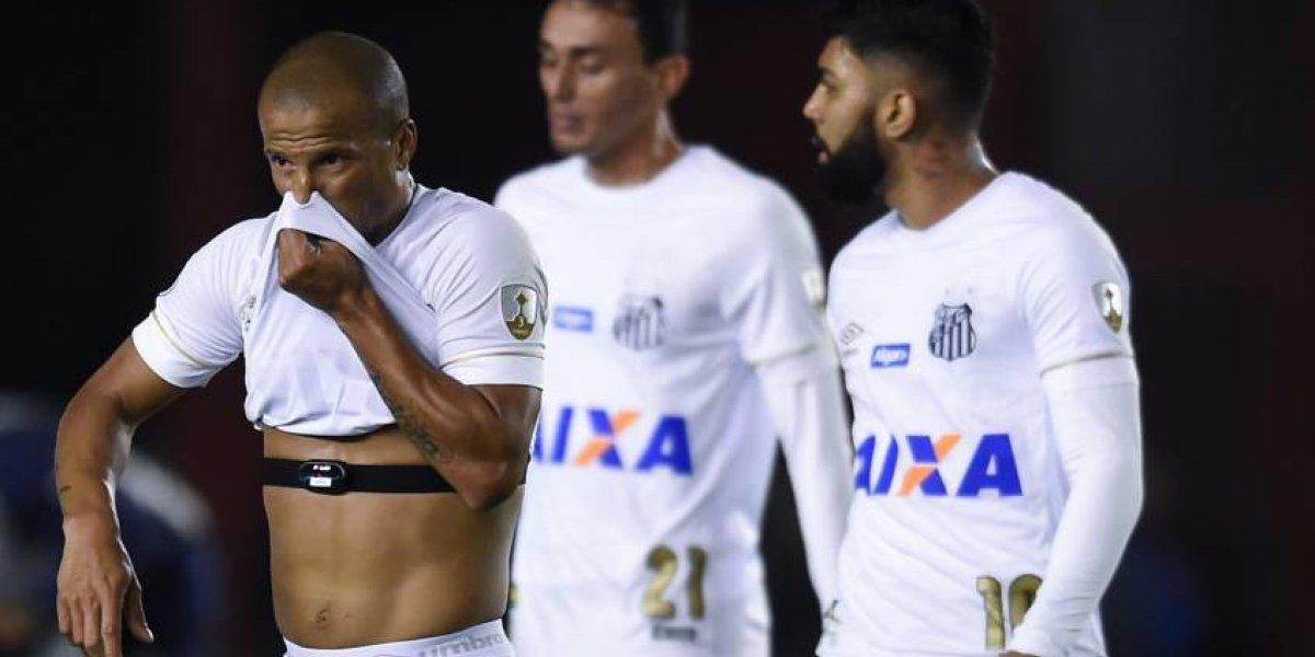 """Ley pareja no es dura: Santos busca perdonazo por """"caso Carlos Sánchez"""" en la Libertadores"""
