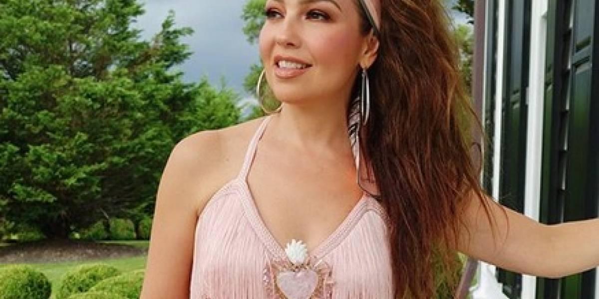 Comparan a Thalía con bailarina exótica por compartir esta foto