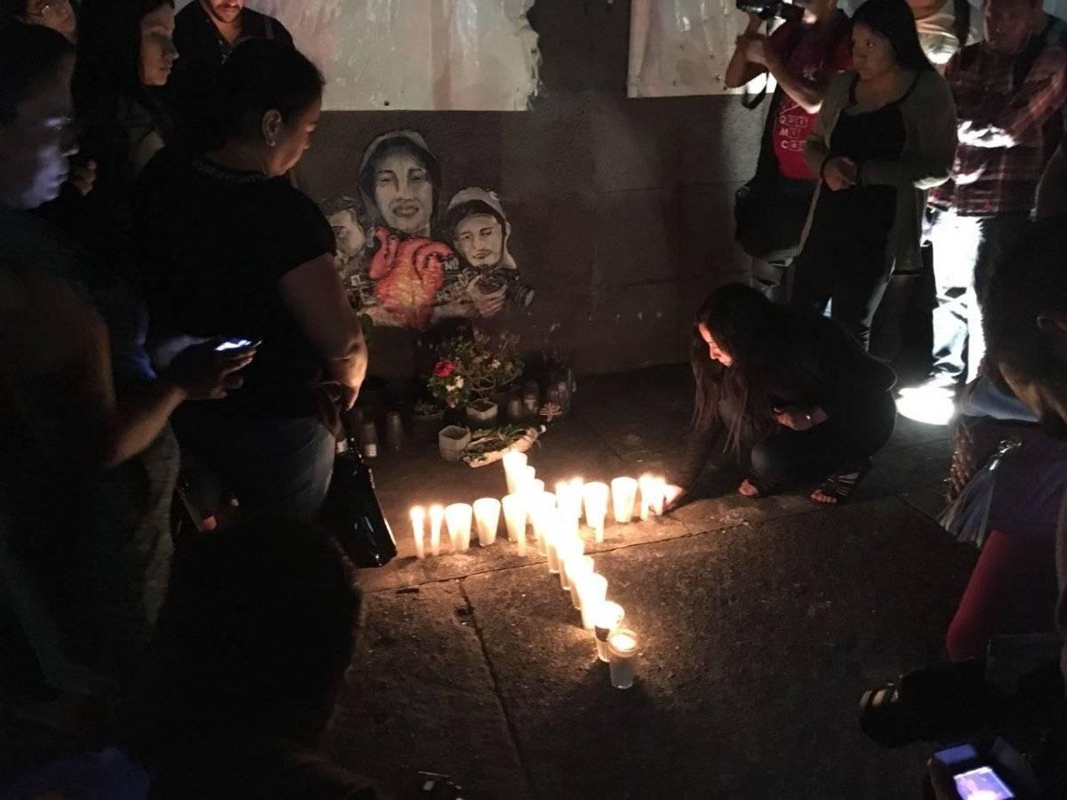 Realizan una vigilia en memoria de las víctimas de la violencia