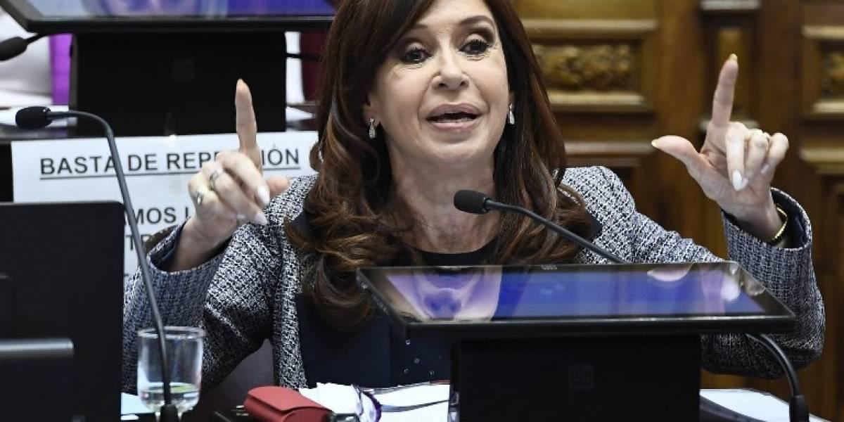 Senado autoriza allanamiento de residencias de Kirchner en Argentina