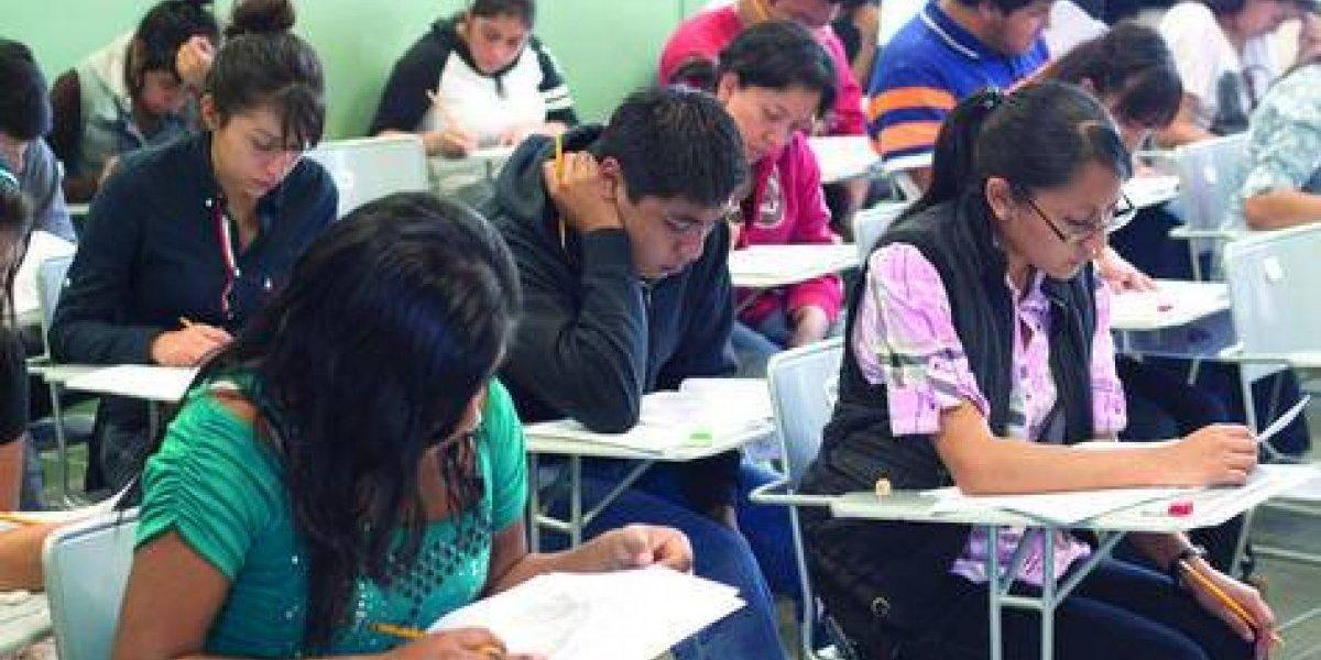 Venezuela y Bolivia invierten el doble que México en educación universitaria