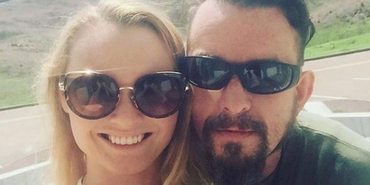 Andrea Lee sufre violencia doméstica de su esposo con ideas nazis