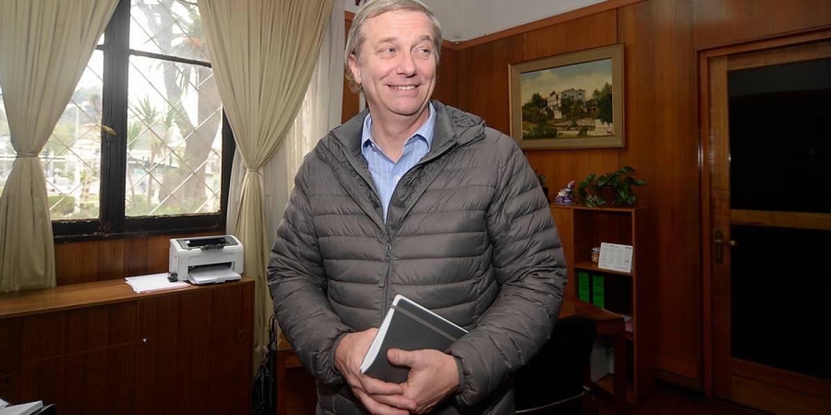 """""""Chile parte a las nueve de la mañana del '73"""": Kast visita el Museo de la Memoria y esta es su reacción"""