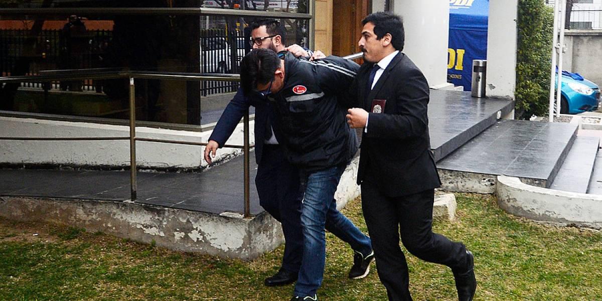 Acusaciones de golpiza a ex esposa y denunciado por robar crema Chantilly: el prontuario del imputado por matar a profesor