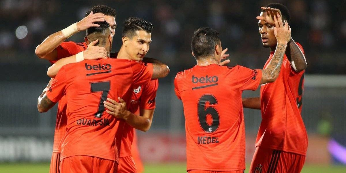 Besiktas de Medel y Roco rescata empate como visita y queda a un paso de la Europa League