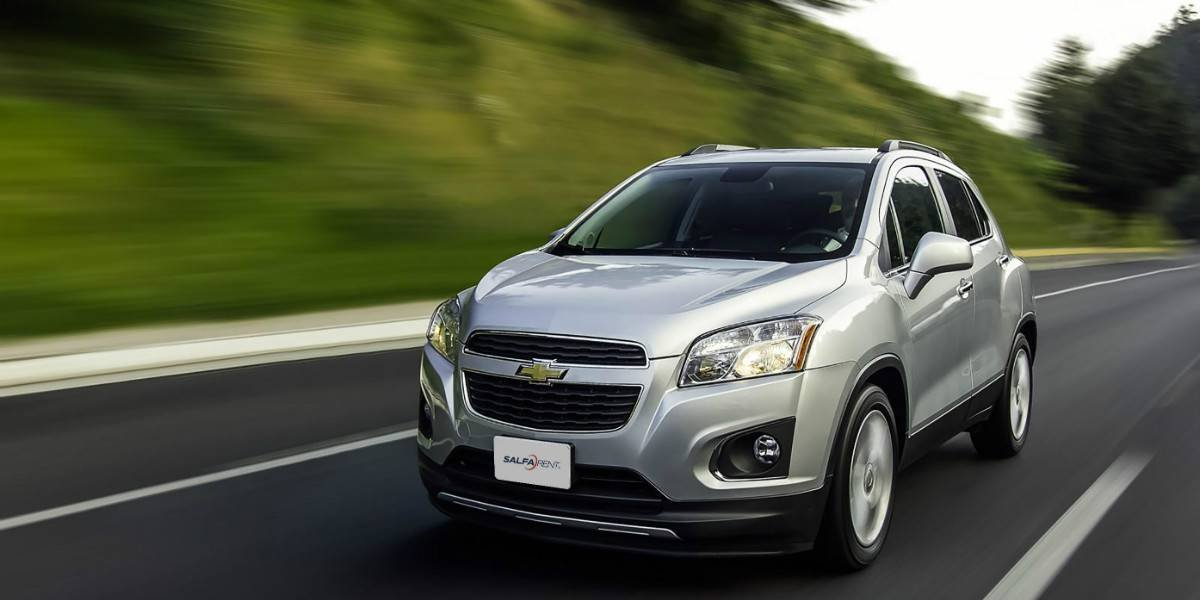¿Por qué arrendar un auto puede ser buena opción en los viajes?