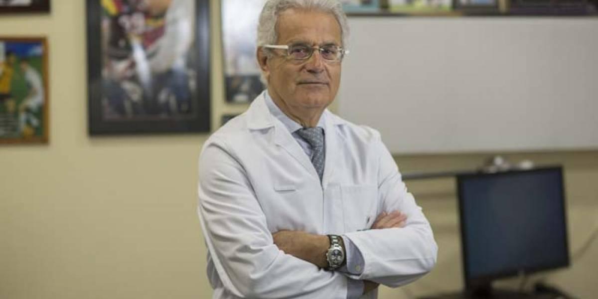 Ramón Cugat, el médico de las manos mágicas que buscará recuperar el tendón de Claudio Bravo
