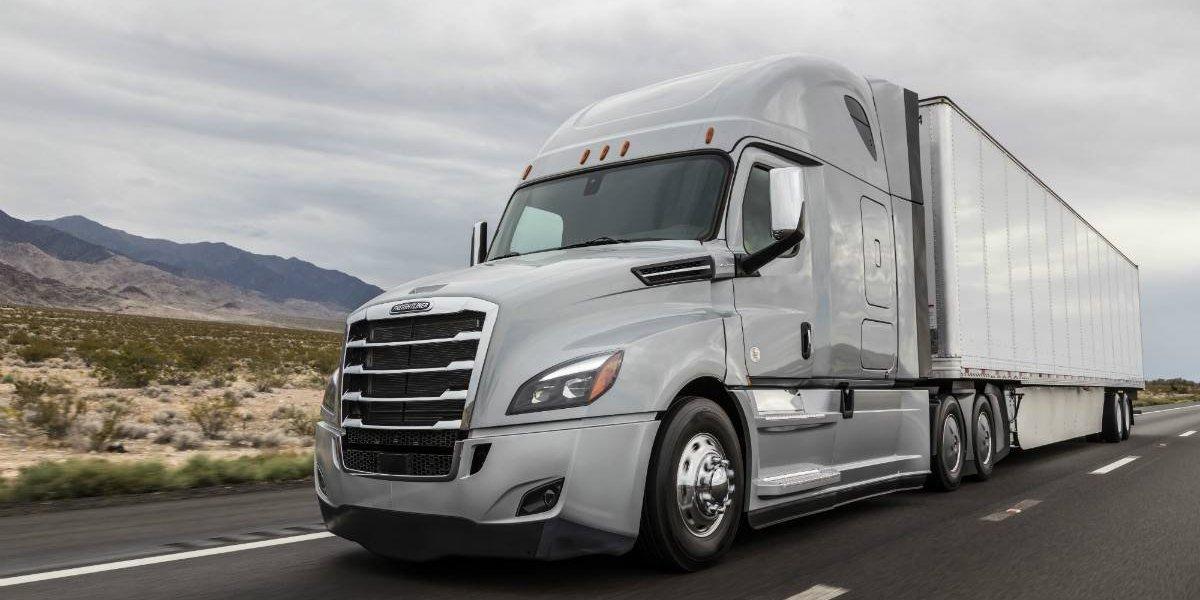 Freightliner New Cascadia, un camión de toques verdes y espaciales