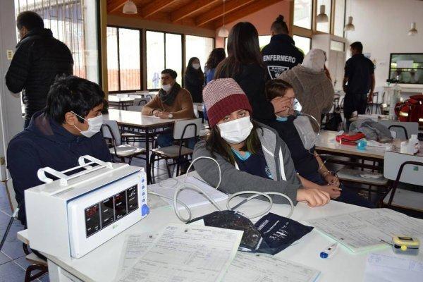Habilitaron hospital de campaña en Quintero