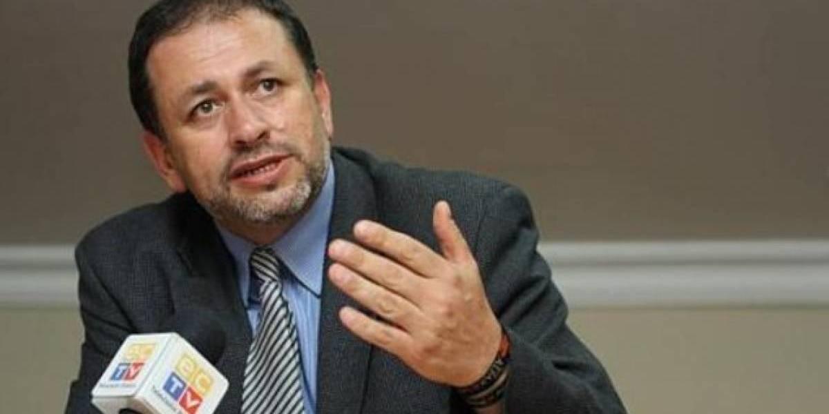 Tarsicio Granizo, ministro del Ambiente, dimitió del cargo en Twitter