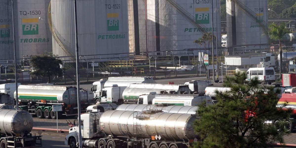 Petrobras vai aumentar intervalo de reajuste nos preços da gasolina