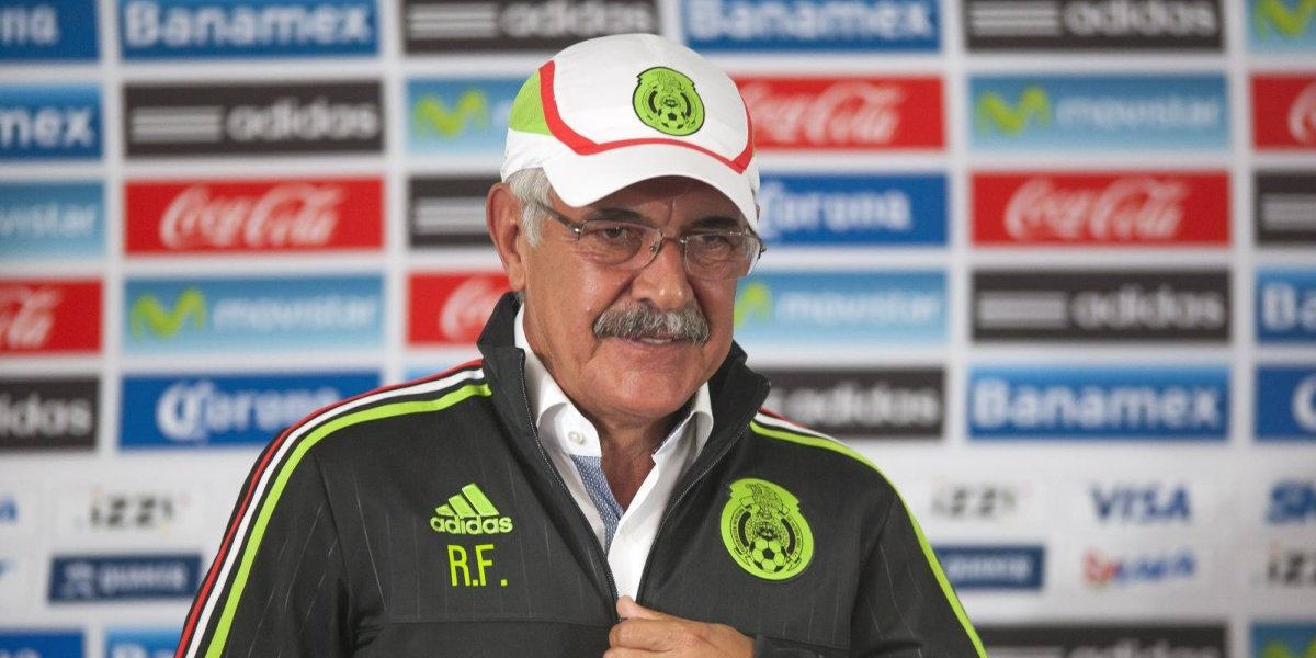 México dejaría el Estadio Azteca para jugar en el 'Volcán' y complacer al 'Tuca'