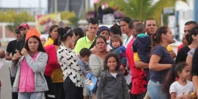 Emoción entre los venezolanos tras anulación de pasaporte en Ecuador