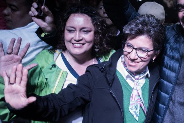 Angélica Lozano dejó en ridículo a uribista Rafael Nieto Loaiza