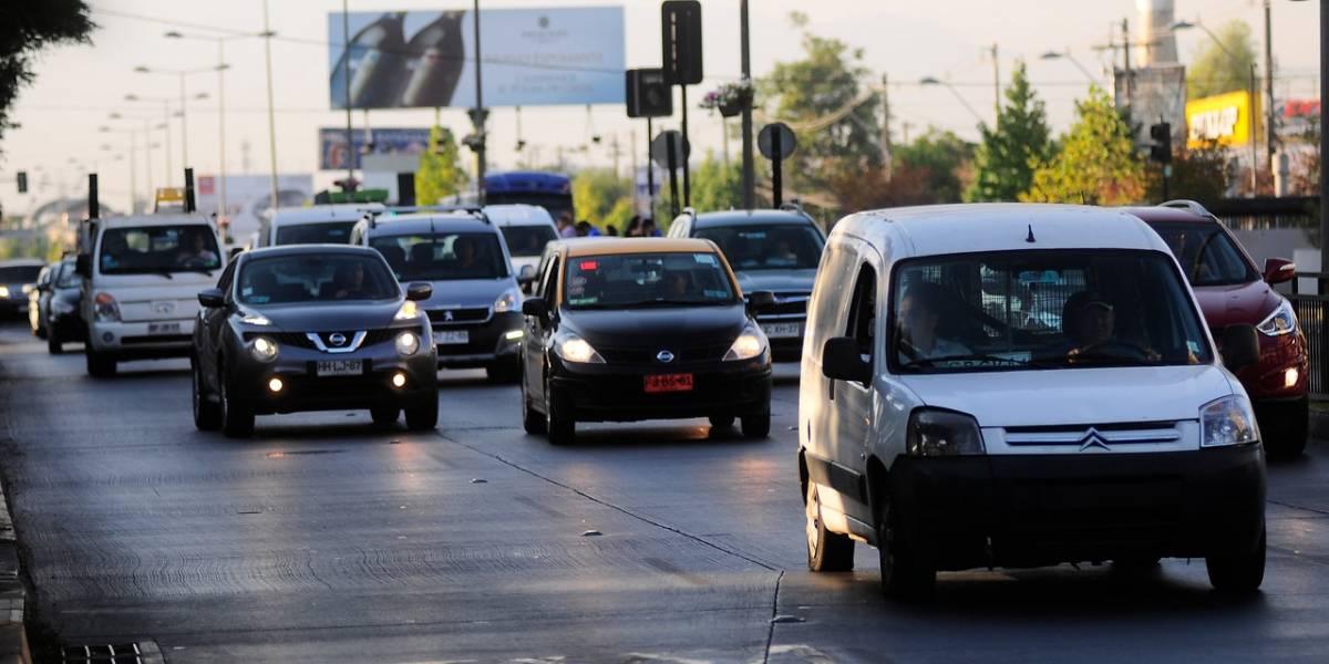 Saque cuentas si quiere cambiar de auto en agosto: Sernac detectó diferencias de más de un millón de pesos en créditos para comprar vehículos