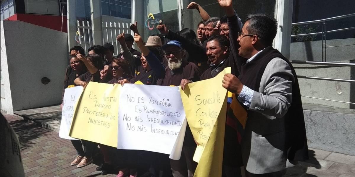 Jueza deja sin efecto exigencia de pasaporte a venezolanos que ingresan a Ecuador