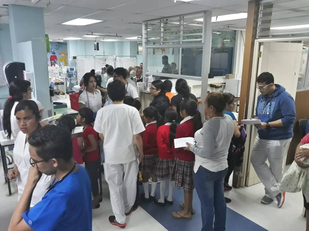 estudiantes intoxicados son atendidos en el hospital General