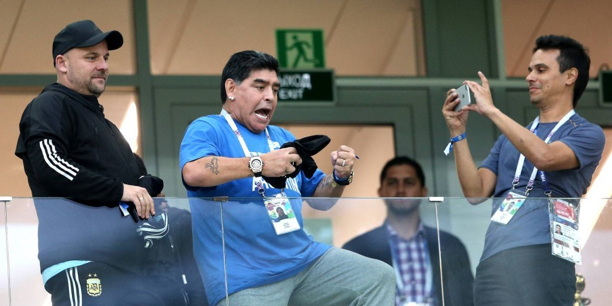 Demandan a Maradona por violencia de género