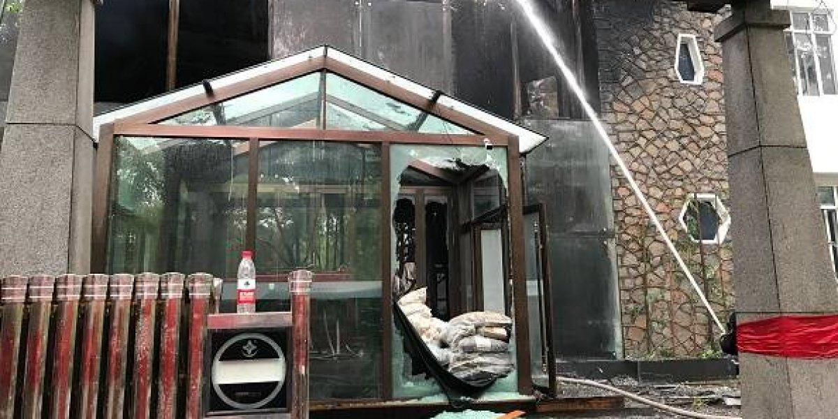 Al menos 19 muertos en un incendio en un hotel en el noreste de China