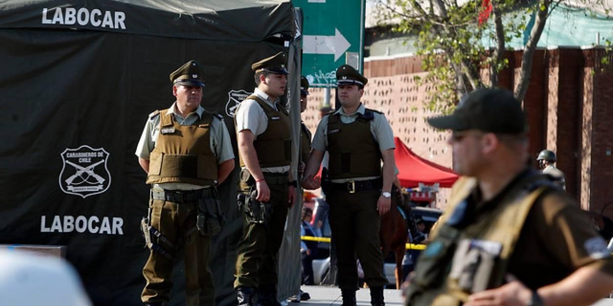 Asesinan de una estocada en la espalda a hombre de 38 años en pleno Santiago Centro
