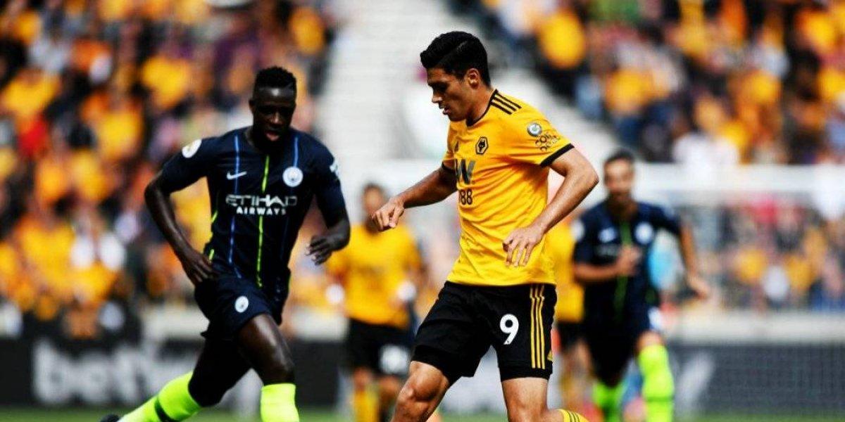 Jiménez y Wanderers empatan con Manchester City