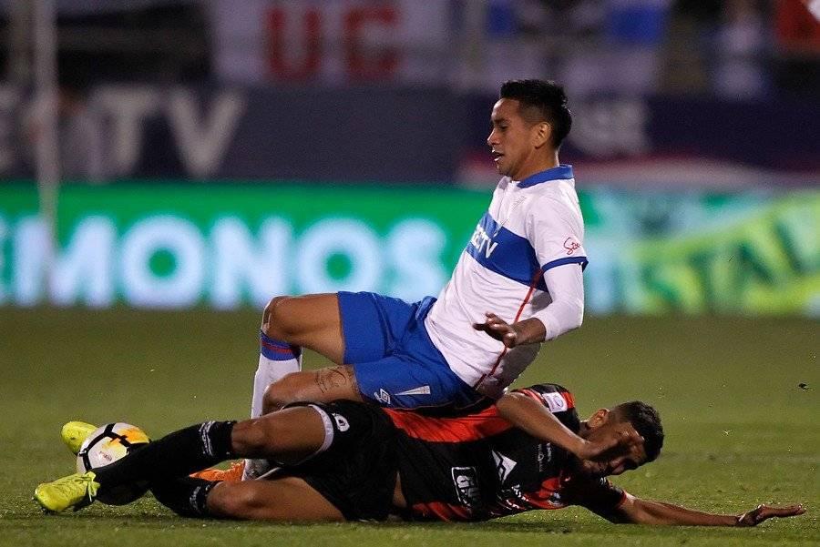 Andrés Vilches no juega en el Campeonato desde el 26 de mayo. Esa vez la UC igualó 0-0 ante Antofagasta / Foto: Photosport