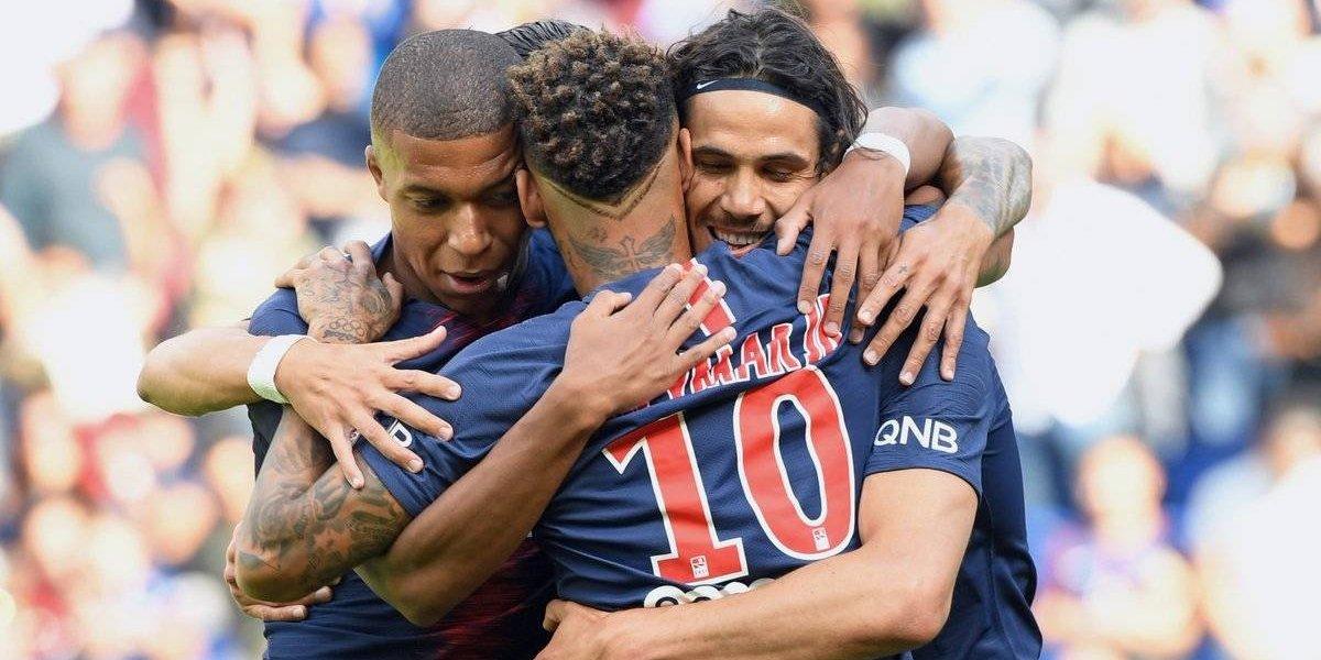 Neymar, Mbappé y Cavani lideran a un PSG invencible en Francia
