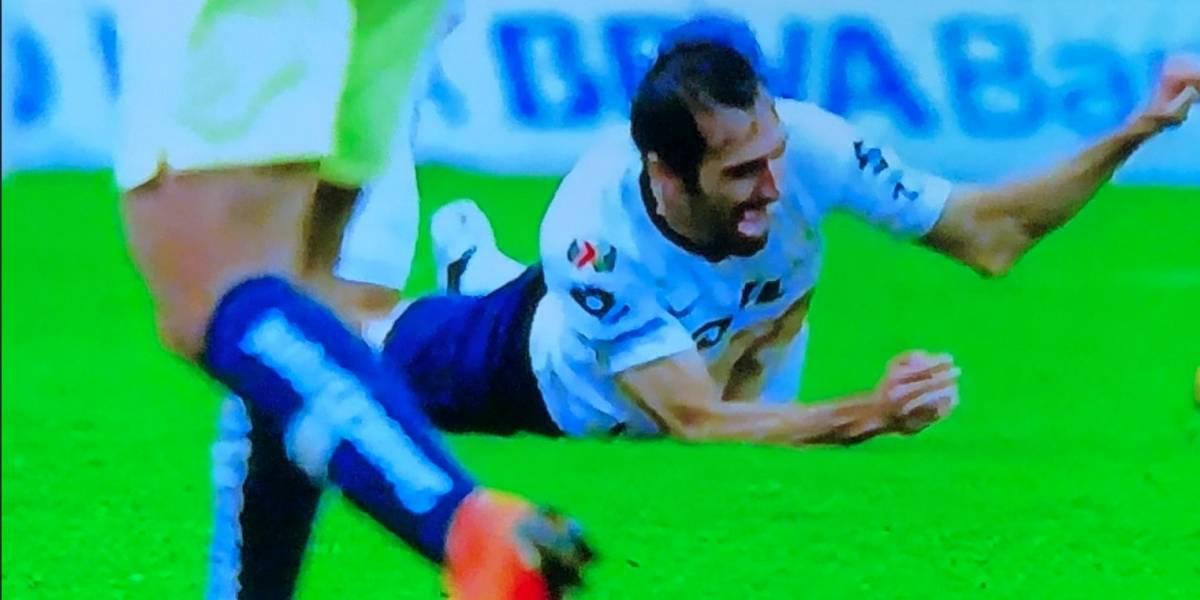 VIDEO: Alejandro Arribas sufre fuerte lesión en el Clásico Capitalino