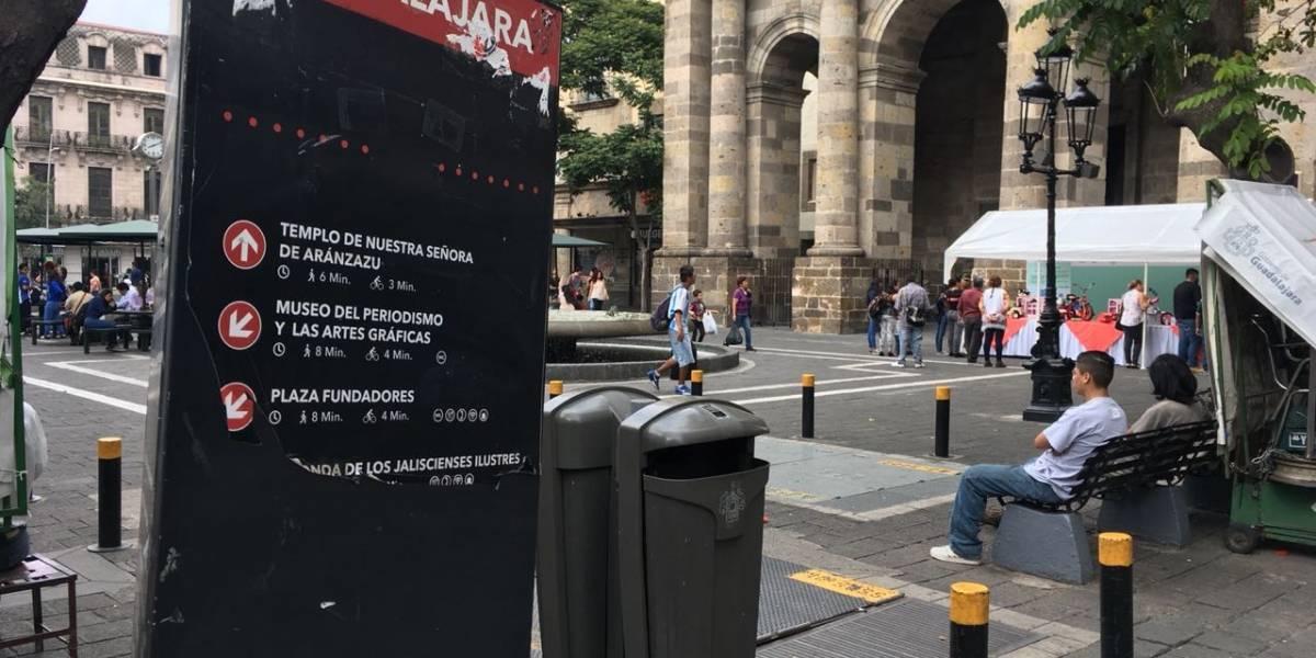 Olvidan municipios el cuidado de los tótems turísticos