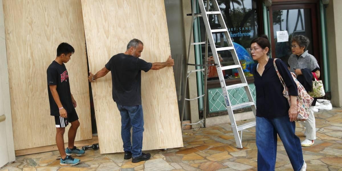Hawai se salva de catastrófico huracán Lane