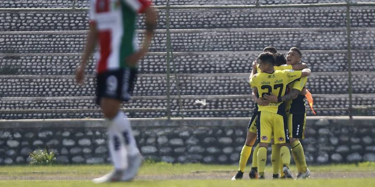 San Luis toma aire con valioso triunfo ante Palestino que tuvo el debut del Mago Jiménez