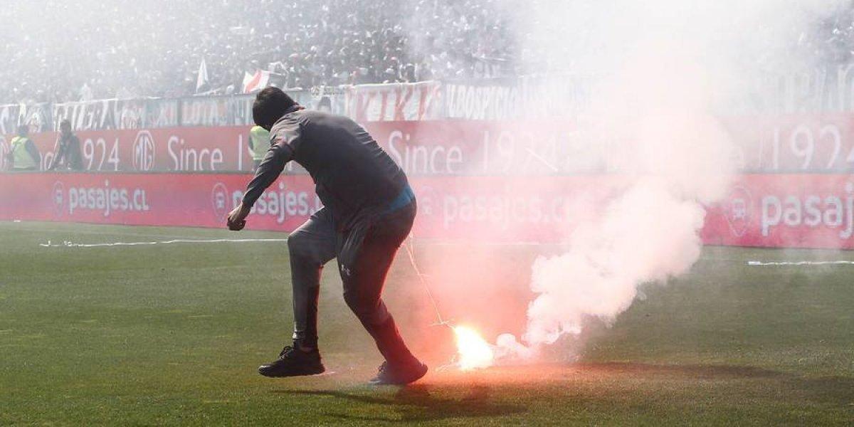 ¿Las penas del infierno? Intendencia citó a Colo Colo por incidentes en el Superclásico y pueden caer sanciones
