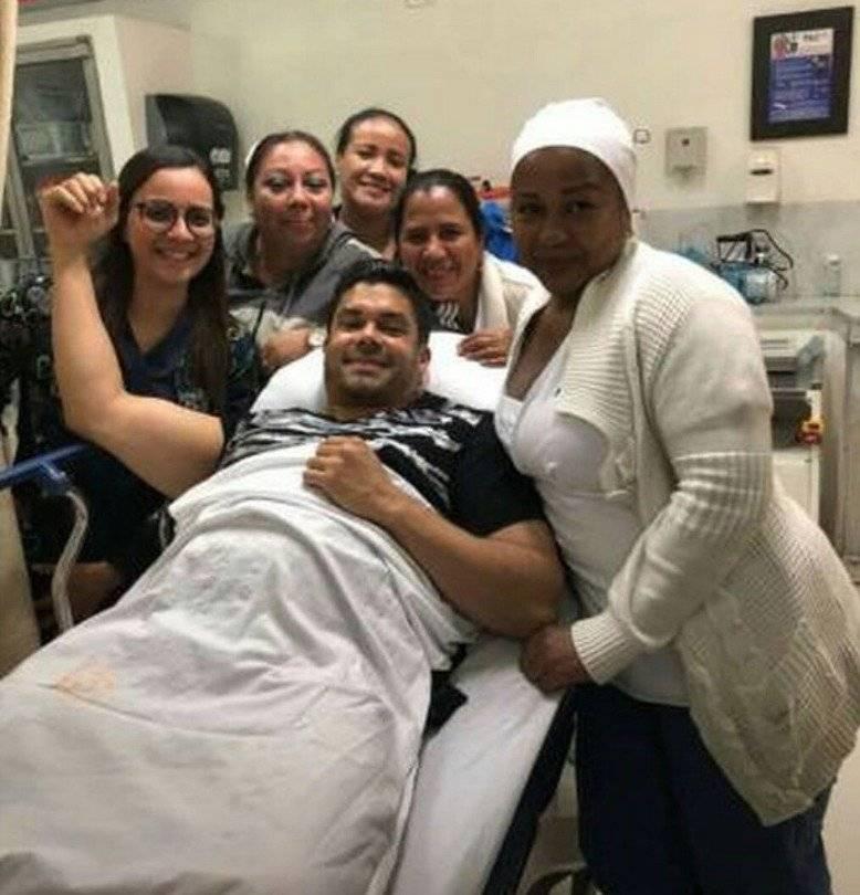 Jerry Rivera se recupera tras fuerte caída durante concierto
