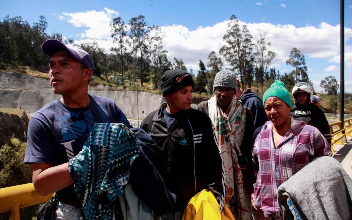 La exigencia de pasaporte reduce en más de 50 % llegada de venezolanos a Perú API