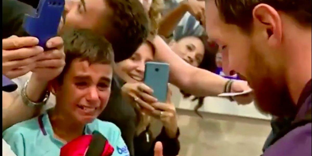 VIDEO: Niño llora de emoción ante la presencia de Lionel Messi