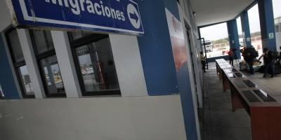 Ciudadanos venezolanos llegaron ayer a la zona fronteriza con Ecuador de Tumbes, Perú
