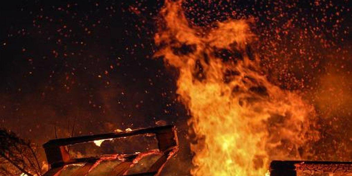 Quito: Se registra un conato de incendio forestal en la Av. General Rumiñahui