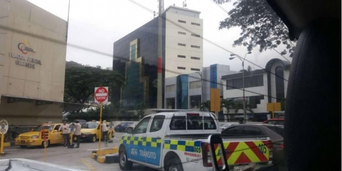 ATM recuperó patrullero robado mediante asalto en el norte de Guayaquil