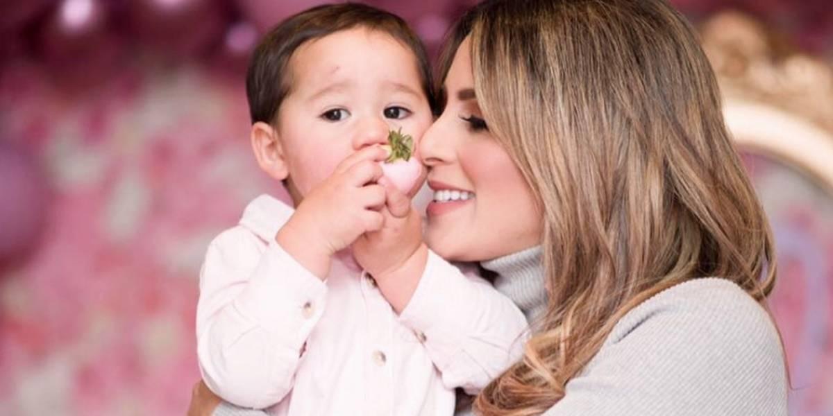 ¡Qué ternura! Hijos de Carolina Soto se conocen por primera vez y todo queda en video