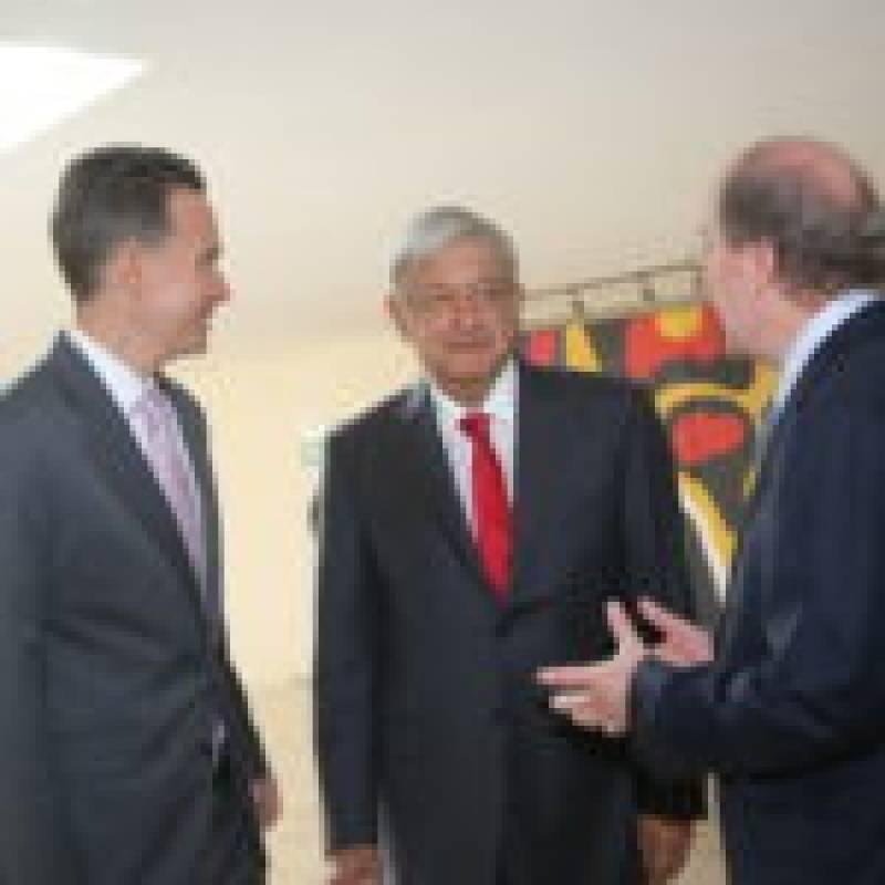 El presidente electo se reunió con los integrantes de la Conago. Foto: Cortesía.
