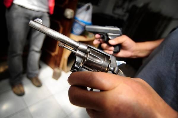 Fiscalía critica uso de armas en La Reina